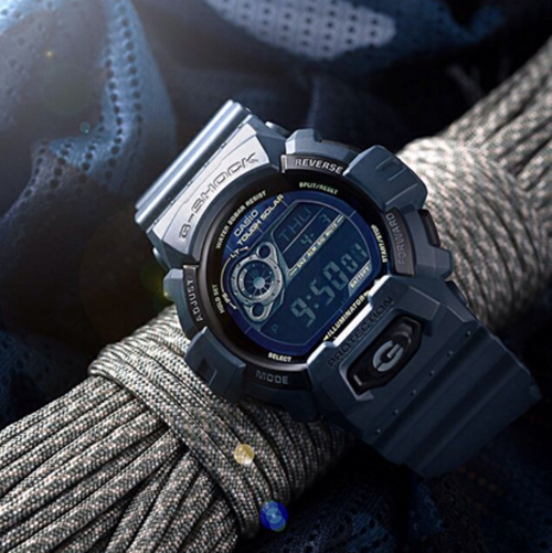 Digital Watch for Outdoor Matching with Your Wardrobe Tips